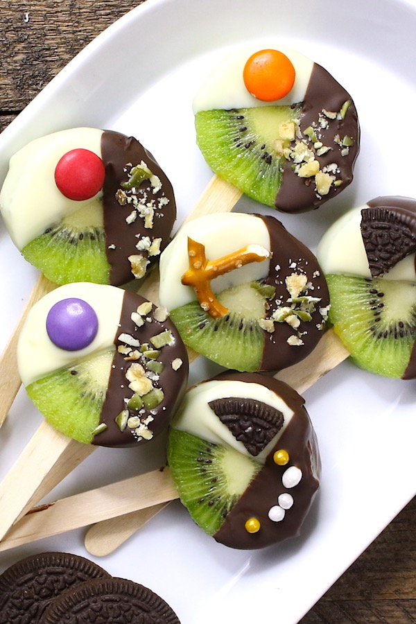 These Chocolate DippedKiwi Popsare beautiful and irresistibly delicious, with yummy chocolate and fresh kiwi fruit in every single bite.