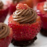 Chocolate Cheesecake Filled Strawberries- mouthwatering and creamy chocolate cheesecake stuffed in fresh strawberries. A no-bake dessert takes only 15 minutes to make! It's the perfect to make-ahead dessert for a party or holiday with friends and family.