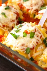 Lasagna Roll Ups packed with rich and flavorful layers of vegetables, ricotta, mozzarella, parmesan cheese and marinara sauce, wrapped in individual tender and soft lasagna pasta. It's versatile and much easier than traditional lasagna recipe.