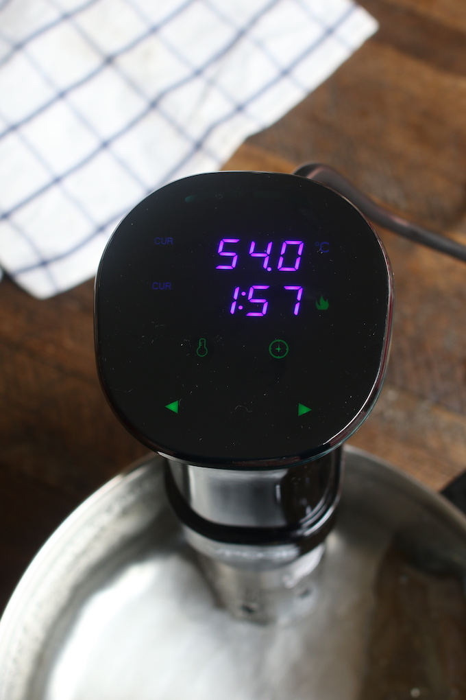 The ultimate guide to Sous Vide Cooking! After many, many meals cooked using different cooking techniques, I have come to a very simple realization: There are few things in life more delicious than a good piece of Sous Vide meat
