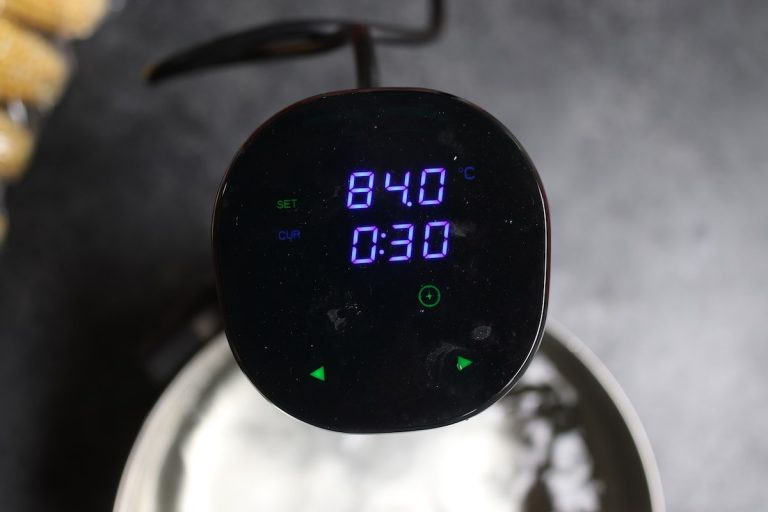 Attach the sous vide precision cooker and set the temperature to 183°F / 84°C