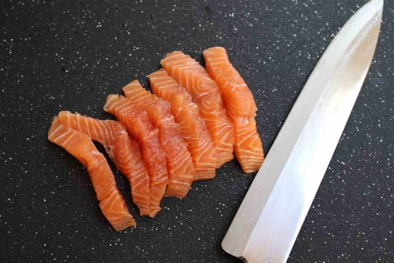 Cut the salmon into 1/2-inch thick strips.