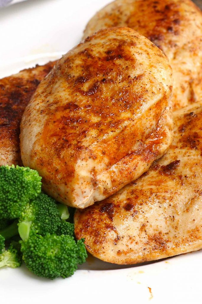 This Sous Vide Boneless Chicken Breasts recipe makes super juicy and tender chicken that's impossible to achieve with traditional method! Forget dry chicken breasts with sous vide technique, which allows you to control the temperature precisely and produces the perfect chicken that's full of flavor! #SousVideBonelessChickenBreast #SousVideChickenBreast #SousVideChicken