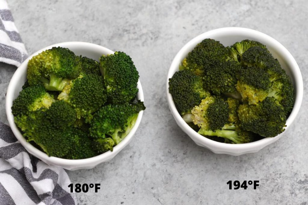 Photo showing the difference of broccoli sous vide cooked at different temps. (180 F vs. 194 F)