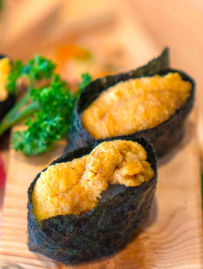 Uni is the Japanese word for the edible part of the sea urchin. It's a stable in many Japanese restaurants and often used in nigiri sushi, sashimi, or served with salad and pasta. #uniSushi #SeaUrchinSushi #UniSashimi #WhatIsUni