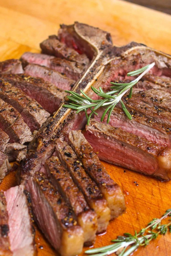 13 most popular sous vide steak recipes for easy weeknight dinners or any special occasions. With recipes from sous vide filet mignon, sous vide flank steak, sous vide ribeye, and more, you're sure to find something you love. #SousVideSteak #SousVideSteakRecipe