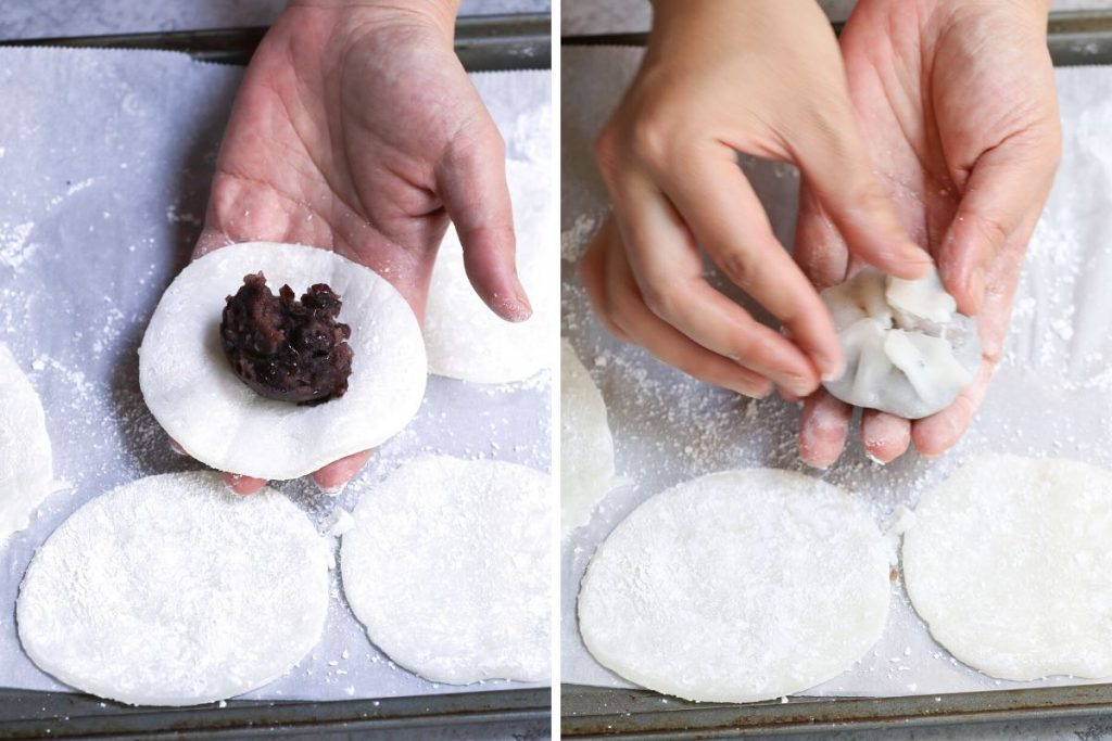 Steps to wrapping ankle filling in mochi wrappers.