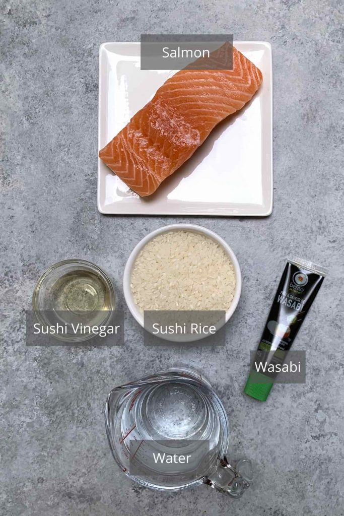Salmon nigiri ingredients.