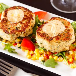 Easy remoulade sauce that you can serve with crab cakes!