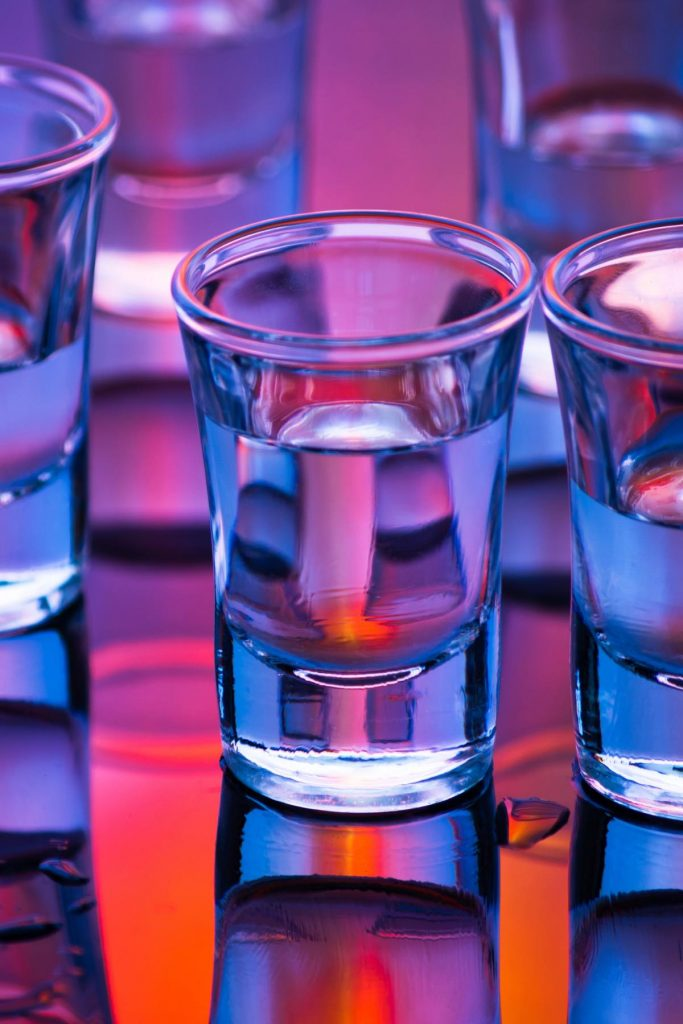 "A shot glass is a small glass designed to measure (or hold) liquor. Accurately measuring a ""shot"" of alcohol is important if you want your cocktail to taste perfect. The shot glass can also be used as a drinking vessel, sometimes called a ""shooter"". But do you how exactly How Many Oz in a shot glass?"