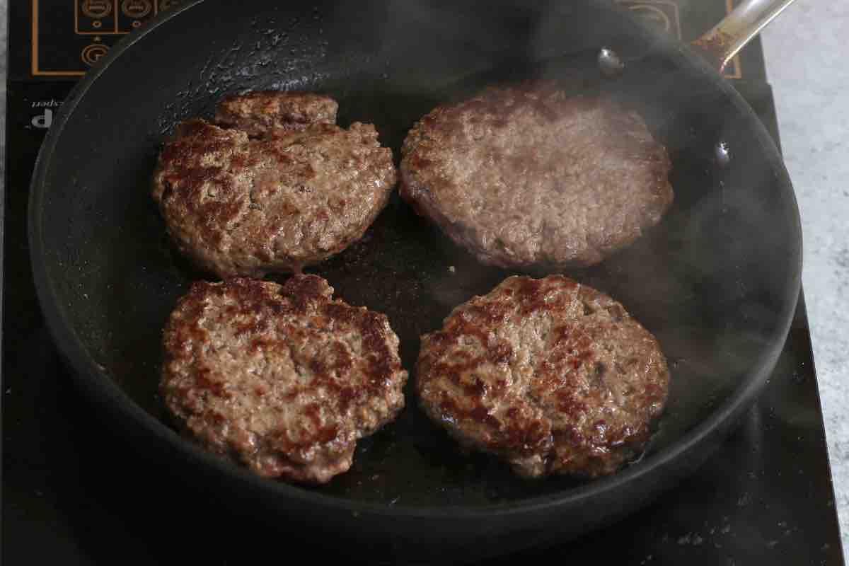Animal Style Burger recipe: step 3 photo.