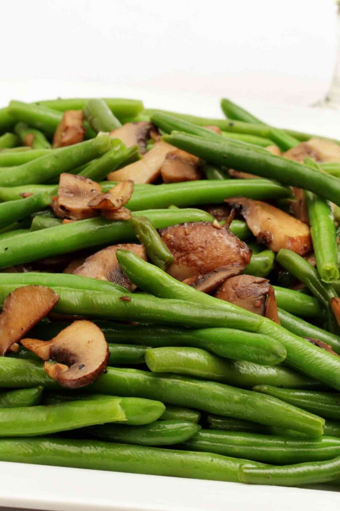 Sautéed Green Beans with Mushrooms
